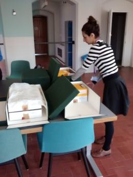 jamilla-unpacking-four-boxes