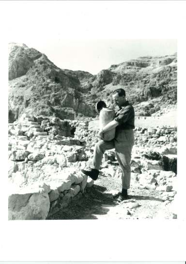 Allegro with jar (now Schøyen jar) visiting Qumran in the 1960s.